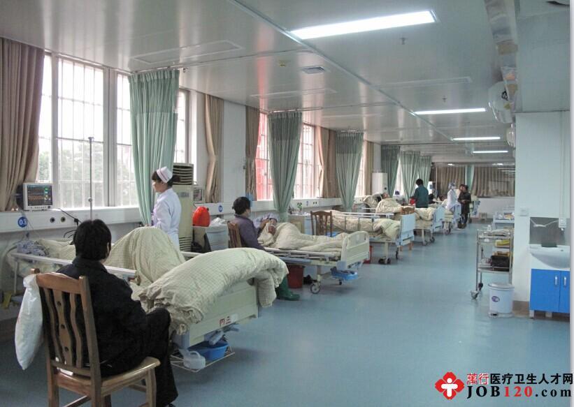 图为CCU病房 (1)